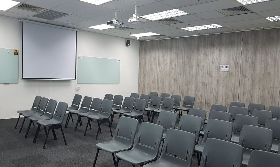 Training Room Gallery Image 15
